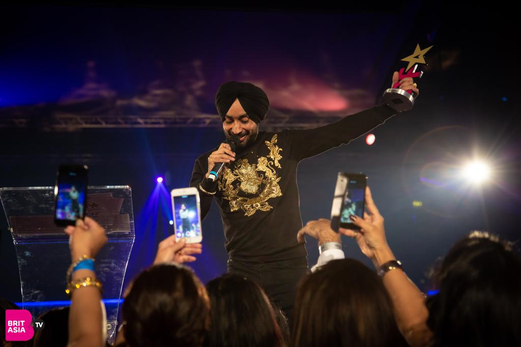 Satinder Sartaaj performing at the FPA 2018