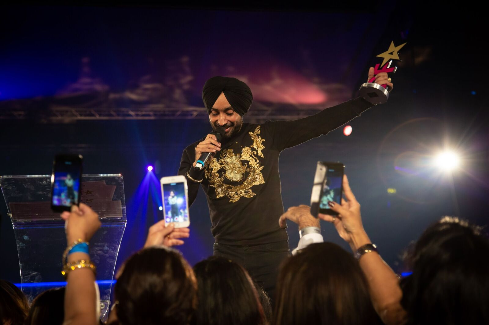 Satinder Sartaaj performing at PFA 2018