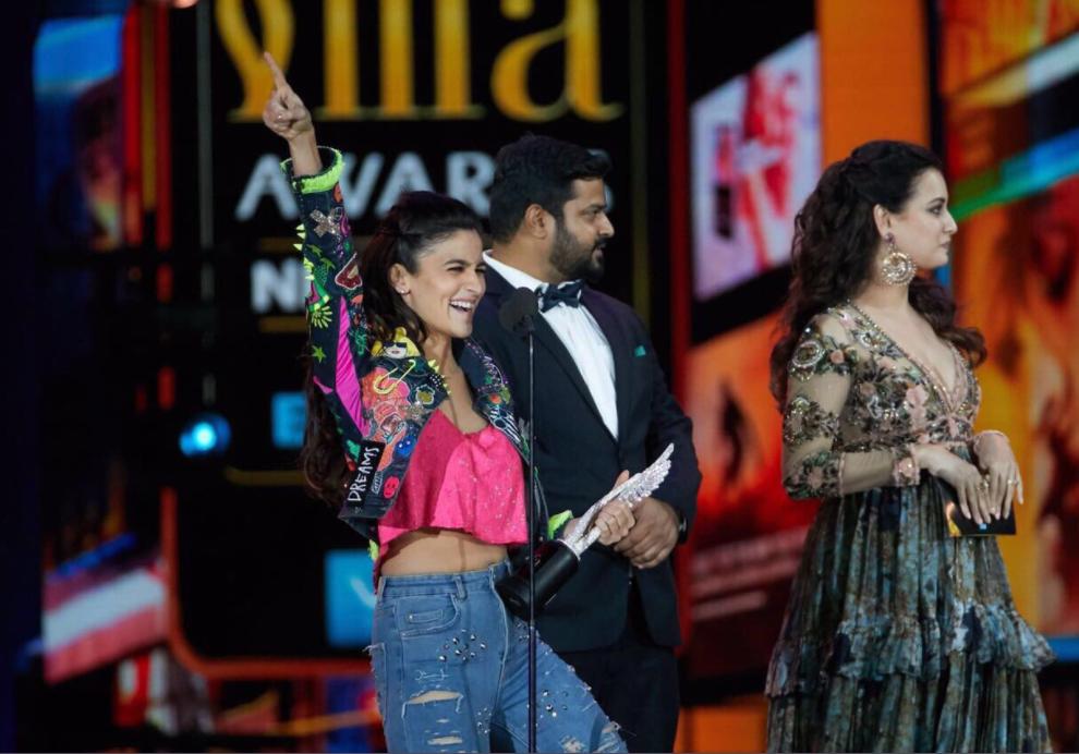 Actress picking up award