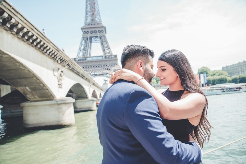 5 UNIQUE IDEAS FOR PROPOSING THIS VALENTINE'S DAY