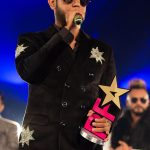 Gippy Grewal collects Best Actor award