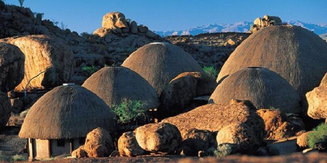 Mowani Mountain Camp, Namibia