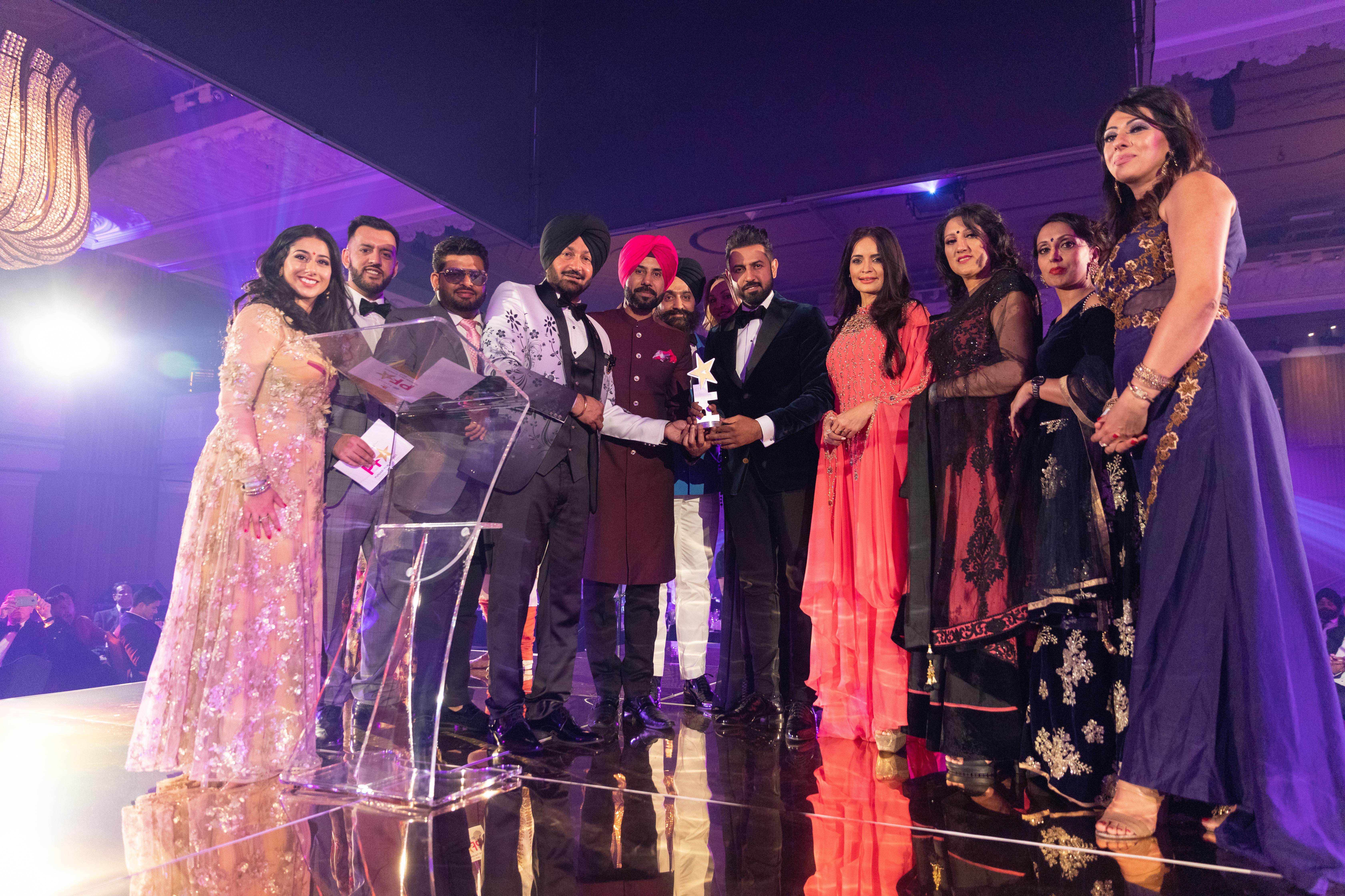 Binnu Dhillon and Gippy Grewal at Punjabi Film Awards 2019