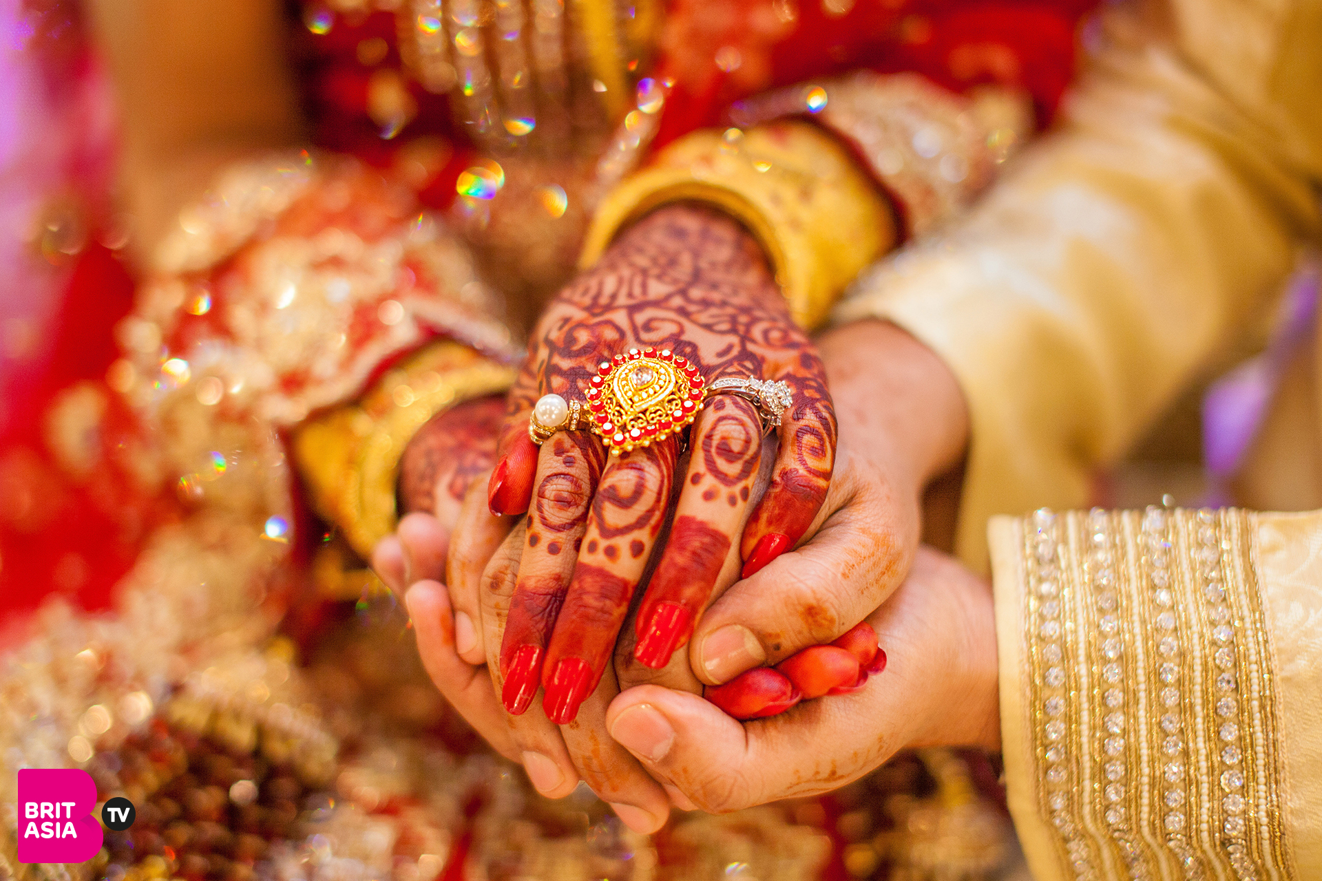 Wedding season is well and truly underway! One of the hardest tasks you may be facing is picking the right song for your first dance. Having to choose a sentimental song that means something to both of you can be a daunting task. We've put together a list of 10 Bollywood and Punjabi songs that would make the perfect first dance song.